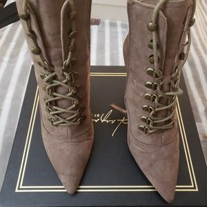 Shoes - Pre-Loved Daya by Zendaya boots